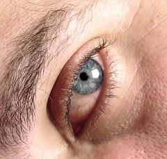 Deep sea (Ivan B. Larrota) Tags: blue b man macro eye azul ojo photography turquoise gib ivan hombre fotografa turquesa larrota