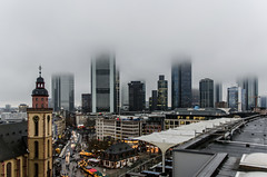 Panorama Frankfurt/Main (Frank Lammel) Tags: panorama skyline nikon frankfurt weihnachtsmarkt zeil frankfurtmain 2014 zeilgalerie sigma1835 d5100