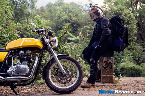2015-Royal-Enfield-Continental-GT-16