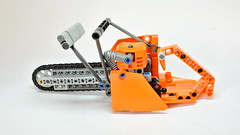 Lego Technic Chainsaw (updated version) (hajdekr) Tags: motion saw engine chainsaw tools chain chainlink technic tool moc legotechnic myowncreation legointerest