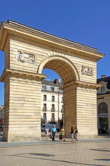 France-003122 (archer10 (Dennis) (66M Views)) Tags: france church museum speed train square high dijon sony free palace gateway dennis jarvis iamcanadian freepicture dennisjarvis archer10 dennisgjarvis nex7 18200diiiivc guillaumegate
