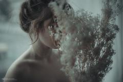 malia 03 (ESPRIT CONFUS) Tags: portrait flower nude sensual nujolie espritconfus