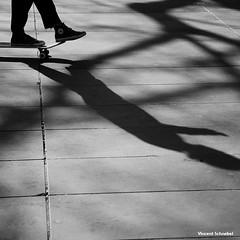 Paris - 02-2016 (No.Made) Tags: street shadow blackandwhite paris monochrome noiretblanc ombre skate