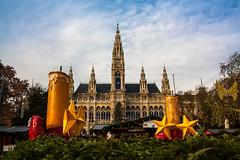 Vienna - City Hall and Christmas Market (superbart77) Tags: advent christmasmarket rathaus vienna weihnachtsmarkt wien wreath candles cityhall