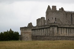 Craigmillar Castle, Edinburgh, Scotland (Taylor Mc) Tags: craigmillar castle craigmillarcastle edinburgh scotland alba historicscotland albaaosmhor ruins medieval history stone landscape fort defence green field old historical
