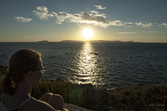 my beautiful little cousin Martina (Pat Celta) Tags: nikon d70 galicia galiza cabohome puestasdesol viajes vacaciones verano summer sunshine