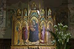 L'arte, oro della Toscana - The art, gold of Tuscany (ricsen) Tags: montemerano grosseto manciano toscana tuscany italia italy madonna painting altarpiece polittico