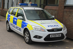 Suffolk Police Ford Focus Estate Incident Response Vehicle (PFB-999) Tags: ford car suffolk focus panda force estate police headquarters vehicle leds hq irv beacons incident grilles response unit lightbar constabulary rotators fendoffs ay09fva