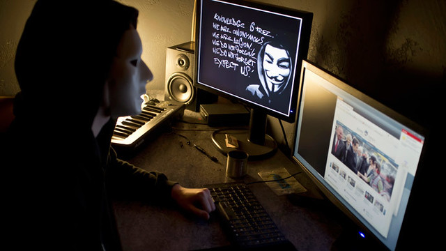 #Anonymous hacks #Swedish govt emails over seizure of #PirateBay http://t.co/RzNHrJ32vQ  http://t.co/hdqT0DU4eN