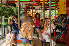 _DSC7973 (Shane Woodall) Tags: newyork brooklyn twins lily ella august amusementpark 2014 adventurers sonya7 shanewoodallphotography ilce7