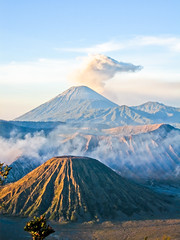 20080914-IMG_1892-bromo (Milkseb) Tags: indonesia volcano indonesie bromo semeru volcan semeri