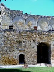 Ruines du château de Ham (xavnco2) Tags: france castle ruin ham castello forteresse picardie ruines rovine somme vestiges chateaufort