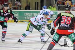 "DEL15 Düsseldorfer EG vs. Augsburg Panthers 28.12.2014 005.jpg • <a style=""font-size:0.8em;"" href=""http://www.flickr.com/photos/64442770@N03/16010260257/"" target=""_blank"">View on Flickr</a>"