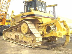 CAT D6H-LGP (Kitmondo.com) Tags: colour building industry yellow metal cat truck work photo big construction industrial factory technology tech image outdoor working large machine mining equipment caterpillar machinery infrastructure vehicle labour kit heavy heavymachinery construct heavyduty