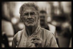 Thoughtful Dutchman (Frank Fullard) Tags: street ireland portrait holland dutch cool walk candid thoughtful walker mayo elegant smoker kaftan irlanda castlebar fullard frankfullard