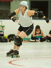 IMG_1973 (clay53012) Tags: womens flat track roller derby wftda derby flat track madison mrd league bout jammer jam team skate hartmeyer ice arena moocon2016