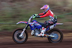 Toowoomba MX (Alan McIntosh Photography) Tags: sport race speed action echo valley yamaha pan panning motocross mx toowoomba motorsport