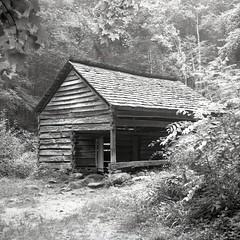 19th Century Barn (summit-photo) Tags: blackandwhite bw mamiya film barn nationalpark kodak