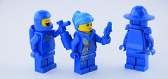 Blue addict (Alex THELEGOFAN) Tags: the lego movie knight statue blue cool tag benny