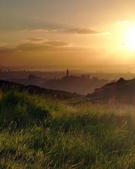 Arthur's Seat towards Carlton Hill, Edinburgh (Dougie Mac) Tags: scotland edinburgh arthursseat visitscotland lovescotland scotspirit