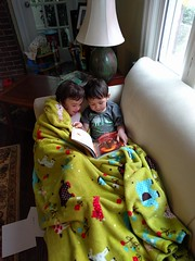 2016-05-27 18.56.57 (whiteknuckled) Tags: reading friend lily classmate lucas couch