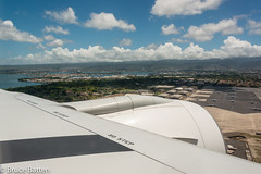 160710 HND-HNL-01.jpg (Bruce Batten) Tags: usa aircraft northpacificocean plants subjects transportationinfrastructure cloudssky atmosphericphenomena aerial businessresearchtrips trees locations trips occasions oceansbeaches airports urbanscenery boats shadows buildings hawaii vehicles airplanes honolulu unitedstates us