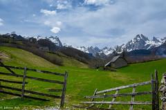 DSC_1603 (fabiennethelu) Tags: mountain pyrnes france nikon fence house valley field landscape
