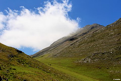 1.038 - El Tapinn (esnalar) Tags: eltapinn concejodelena tuiza asturias asturies principadodeasturias principaudasturies parasonatural espaa spain paisaje montaa montaismo naturaleza nubes cielo sol airelibre landscape mountain mountaineering trekking nature clouds sun sky openair