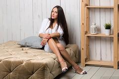 Yulia (Lumowelt) Tags: girl portrait studio strobe yaroslavl russia beautiful retrato softlight woman      sofa wooden