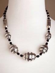 IMG_0338 (KamaJewelryTimbuktu) Tags: tuareg jewelry silver finesilver ebony agate colliers necklaces tuaregjewelry tuaregjewellery