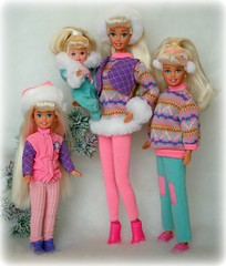 * sisters (Emily-Noiret) Tags: winter holiday snow sisters vintage stacie holidays doll dolls barbie skipper shelly kelly mattel