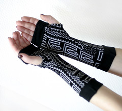 Black and White Tribal Fingerless Gloves with black edges (anuchka2010) Tags: blackandwhite tribal gloves accessories cuffs mittens armwarmers handwarmers christmasgift fingerlessgloves armsleeves