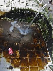 Lavadero en Lavadores (andressolo) Tags: old water fountain agua fuente coke clothes dirt wash coca washing ropa lavar