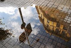 Reflejos (i.puebla) Tags: barcelona city espaa building clouds reflections spain nikon farola streetlight edificio ciudad catalonia sidewalk nubes catalua reflejos acera d60