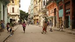 Streets of Havana - Cuba (IV2K) Tags: street sony havana cuba centro caribbean cuban habana kuba rx1
