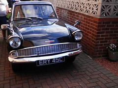 P5290010 (58 023 'Peterborough Depot') Tags: ford anglia 105e english line classic british deluxe