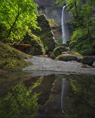 'The Bend in the River' - Elowah Falls, Oregon (Gavin Hardcastle - Fototripper) Tags: green oregon reflections river waterfall moss spring columbia falls gorge elowah gavinhardcastle fototripper