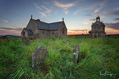 St Andrew's Church ( Ian Flanagan) Tags: sunset abandoned church grave graveyard grass explore mausoleum gravestone standrews kilnpit