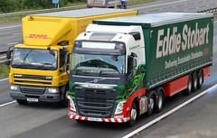 Eddie Stobart 'Magella Seren' (stavioni) Tags: truck reading volvo motorway lorry eddie trailer fh m4 seren esl magella stobart fh4 h4171 kx15vtm