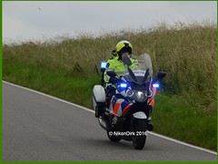 Dutch Police Blue Lights. (NikonDirk) Tags: holland netherlands dutch bike bicycle race mercedes rotterdam nikon foto cops traffic cam helmet nederland police course motorbike cycle cop bmw motorcycle motor lc rt cdi 518 politie v70 verkeer helmetcam numansdorp trafficpolice rijnmond r1200 a29 gopro verkeers verkeerspolitie hulpverlening helmcamera k1600 nikondirk hz682s
