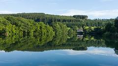 The Lake House (MR@tter) Tags: 169 attendorn deutschland kreisolpe listertalsperre nrw sauerland spiegelungen nordrheinwestfalen de geotagged sonydscrx100