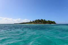 Gosier Islet, Guadeloupe (GlobeTrotter 2000) Tags: fajou gosier guadeloupe ilet islet sea crystal feet foot island paradise pristine relax relaxing tropical vacation water