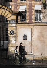 Parc Royal (iii) (www.danbouteiller.com) Tags: street light people paris france lumire royal passage rue parc parcroyal
