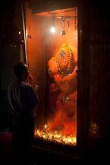 (Sbastien Pineau) Tags: india man night temple noche asia raw god prayer asie nuit templo hombre ganga homme dios dieu inde ganges pineau rishikesh gange oracin prire uttarakhand uttarancha sbastienpineau