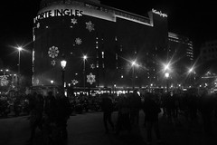 Barcelona, Comercial Center (agacamp) Tags: barcelona bw night noche olympus nigth xz2