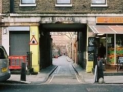 View of Colonnade taken from Grenville Street, Bloomsbury, London (Chi Bellami) Tags: kodak portra 400 nikon calypsonikkorii 35mm zonefocus scalefocus scanned scan colour c41 negative chibellami nikonos calypsonikkor amphibiouscamera london londonist film