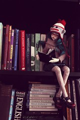 Bookish (Champignons) Tags: doll dolls bjd mags dim laia balljointeddoll balljointdoll munkie balljoint dollinmind