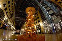World Trade Center Dresden (binax25) Tags: weihnachten licht dresden center fisheye wtc trade beleuchtung nach lampen wolrld