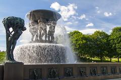 Oslo Vigelandsparken (liviob) Tags: oslo vigelandsparken europa sculture scandinavia fontana statua viaggio norvegia vigeland