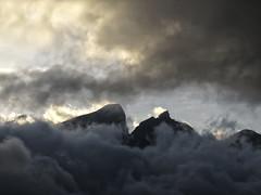 Cerro de la Silla (Nancy Garza H) Tags: paisaje cielo nubes nube cerrodelasilla airelibre